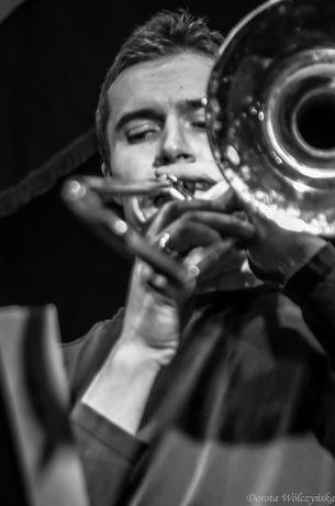 zobacz info Muzyka Ciepłe jazzowe brzmienia na Planty 7